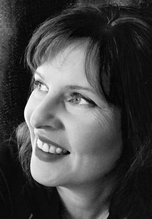 Teignmouth based seascape artist Catherine Kennedy